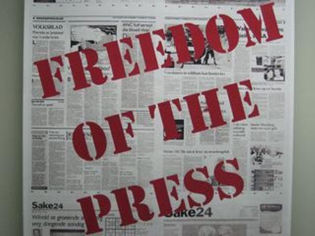 'Guerra' dos EUA contra vazamentos ameaça liberdade de imprensa, denunciam jornalistas